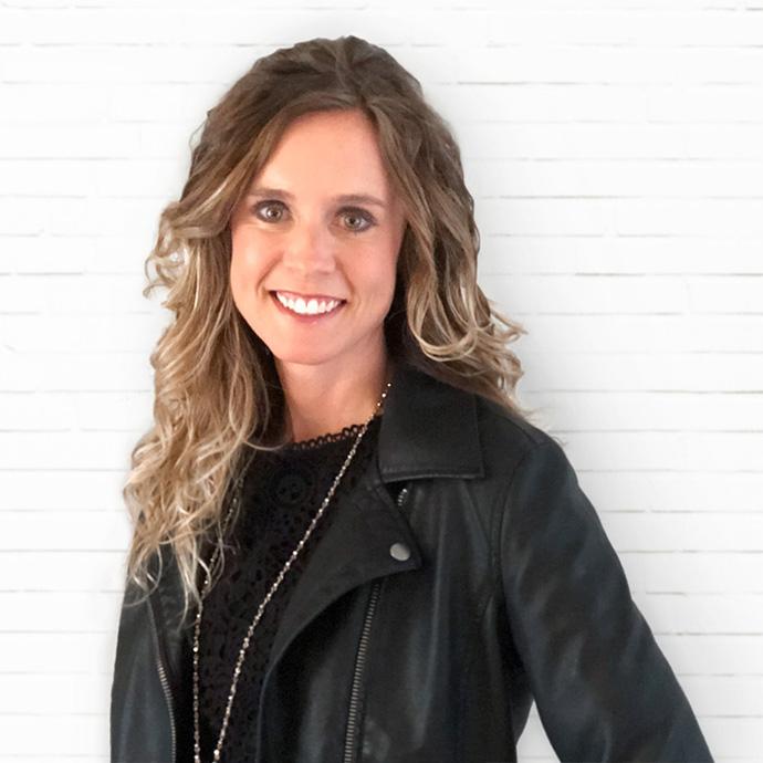 Shannon Swierczek, Account Director
